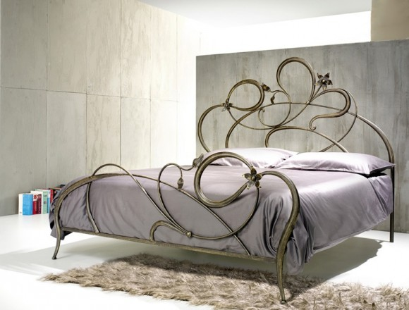 anemone-wrought-iron-bed