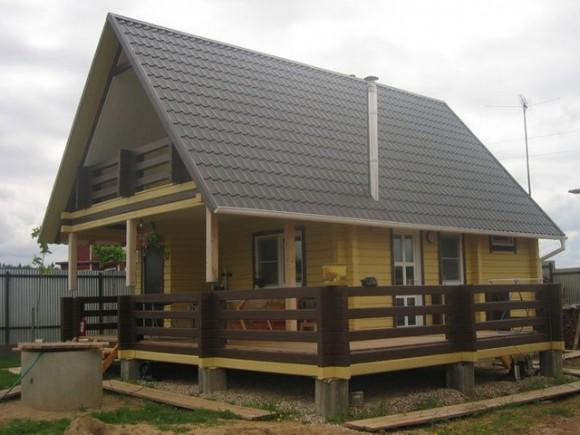 Kak-pristroit-verandu-k-derevyannomu-domu-3