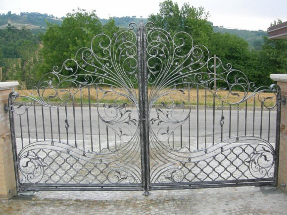 beautiful_wrought_iron_gate_